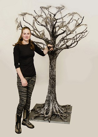Candice Bees with aluminium wire tree with stainless steel Starlings